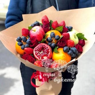 Фруктовый букет из яблок и роз